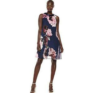 S.L. Fashions Women's Sleeveless Short Roll Collar